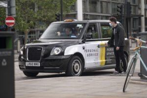 Per la sfida alle emissioni Volkswagen prende il taxi