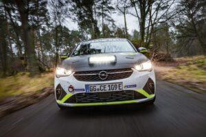 Vauxhall riporta in vita le sportive VXR grazie all'elettrico