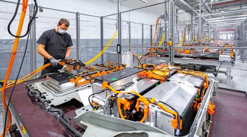Il costo delle batterie litio-ione è sceso del 97% dal 1991