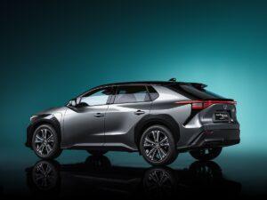 Il SUV BZ4X anteprima per la serie Toyota al 100% elettrica 1