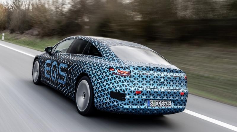 Autonomia e aerodinamica da primato per Mercedes-Benz EQS