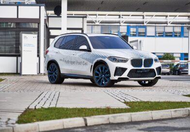 Con la X5 conferma che BMW continua con cautela sull'idrogeno