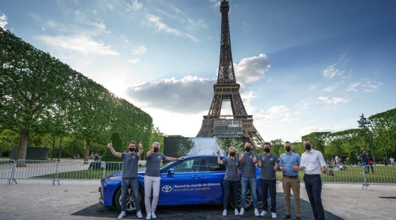 Record Toyota sulla distanza con pieno di idrogeno