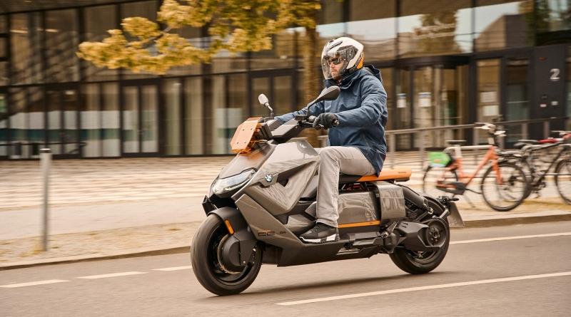 Sarà così lo scooter elettrico BMW CE 04 1