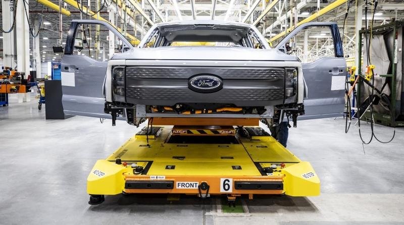 I piani iniziali Ford per l'F-150 Lightining non erano abbastanza ottimisti