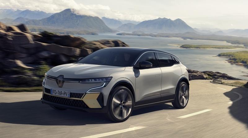 """Renault ha così fiducia nella piattaforma CMF-EV che la fa debuttare a casa del """"nemico"""""""