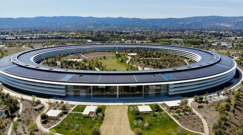 Tesla lascia ad Apple il monopolio d'immagine della Silicon Valley
